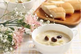 ホワイトソイスープ